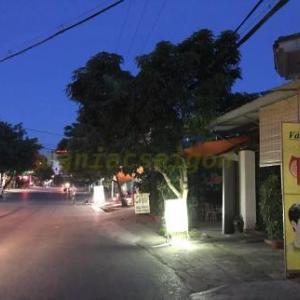 ベトナムヴィン(Vinh)の情緒満点激安置屋街