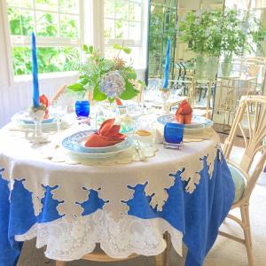 夏の海をテーマに7月のテーブルコーディネート。