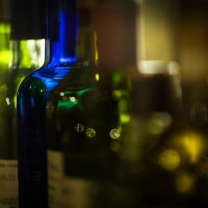 空瓶の並ぶ風景