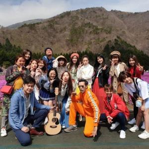 """一年前のいまごろ """"BNk48 慰安旅行2 満開の桜と富士山"""""""