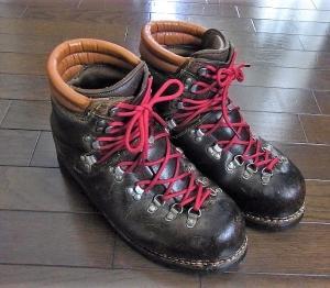 「登山靴のメンテナンス終了」