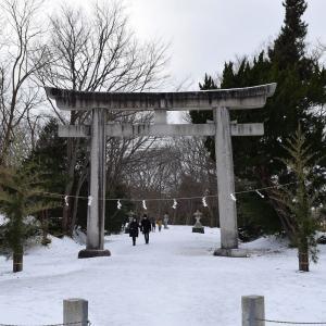 護国神社から古四王神社、土崎神明社へ