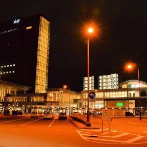 夜の秋田駅東口から西口、仲小路、なかいちへ