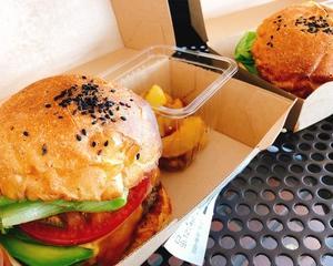 ずっと気になっていたハンバーガーをテイクアウトで♪ マンチズバーガーシャック☆