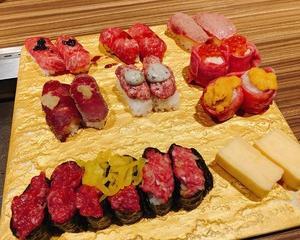 生肉だらけ♪ 肉寿司食べ放題!!☆