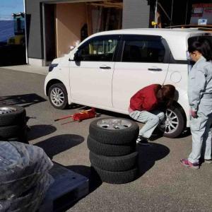 *タイヤ交換をしました*