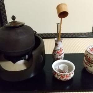 お茶の稽古。。。火箸の種類に驚き?!