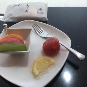 塩レモントマトを食べてシンガポール出発