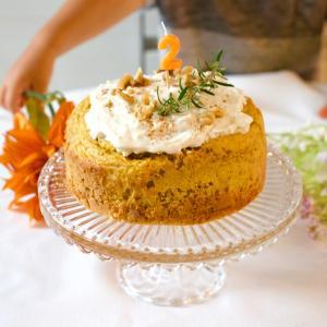 【レシピ/動画】忙しくても手作り出来る子どものバースデーケーキ♡米粉キャロットケーキ