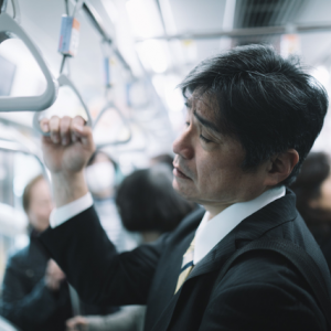 JR東日本の「時間帯別運賃」に言及するのはそれだけ経営が圧迫されているということの現れ?