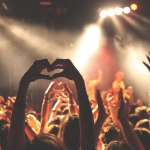 音楽や芸術こそ人の心を癒したりエネルギーをくれるもの