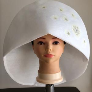 綿帽子押し花サンプルから、より自然な押し花を商品化へ
