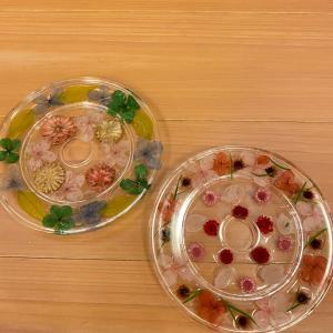 固まるハーバリウムお皿