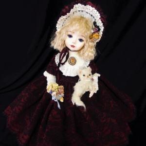 人形と絵の「春」展出展作品。「セシルちゃん」