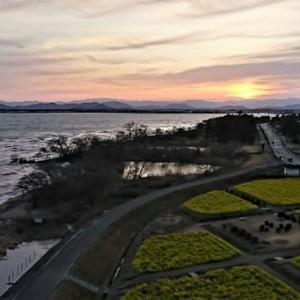 天気予報とは予想外のびわ湖の荒れよう・・? それでも春へ向かってる。