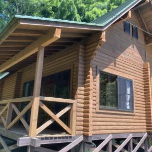 夏休み最後トム・ソーヤー冒険村 コテージ宿泊 写真沢山あり、宿泊する方の参考になるよう。コテージ室内、設備なども写真あります。