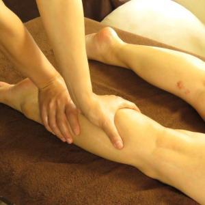 ふくらはぎ筋肉太りシシャモ脚へのマッサージ方法と潜在意識