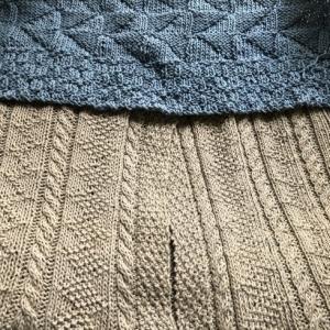 表編みと裏編みだけで浮き彫り風な模様のクッションカバーでも編むか