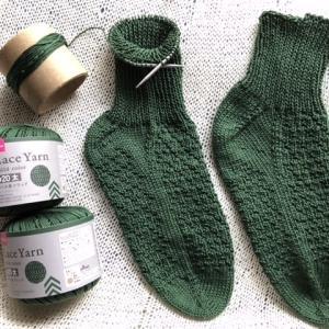 綿 100%ソックス(Lace Yarn 20(太)で編む長さに悩み読書時間の確保に悩み