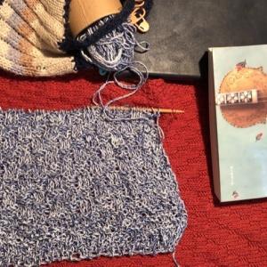 混ざり糸でハンドタオル?…を編む(シェルブールの雨傘,追記)