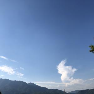梅雨明け〜青い空と真っ白な雲!