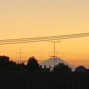 本と昨日の富士山♡