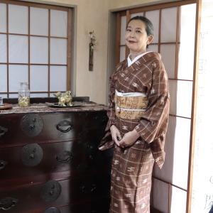 黄土色の帯に久米島紬のお支度
