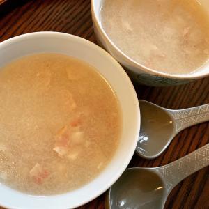 肌寒い日のあたたかい汁もの レンコンスープにボルシチ 祖母味のけんちん汁