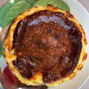 チーズケーキブームは続く 若山曜子さんのバスクチーズケーキ