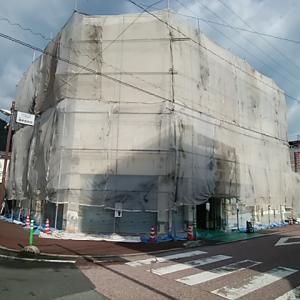 店舗改修塗装工事再開