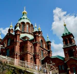 教会三題@ヘルシンキ 赤レンガ造り・白亜の殿堂・そしてなにこれ?