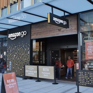 Amazonがレジ無しのコンビニを出店