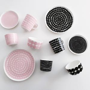 マリメッコ  ピンクの食器