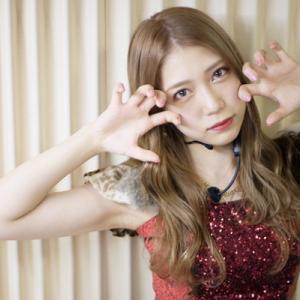 【AKB48】「性格悪そうに見えるけど悪くない」と言いたいけど言えない写真&茂木忍がライブで見せた意外な一面が大画面に映る