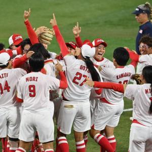 海外「なんてゲームだ!」ソフトボール日本がアメリカとの激闘制して金メダル!