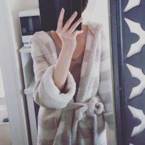 *少ない服で暮らす*濃淡ベージュのワントーンコーデ