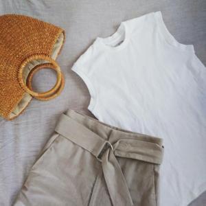 *少ない服で暮らす*季節の変わり目は羽織もので調節