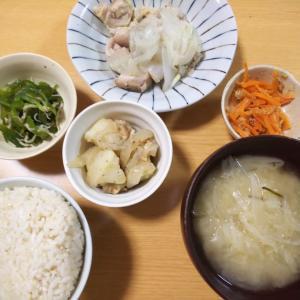 鶏モモ肉と玉ねぎの煮物