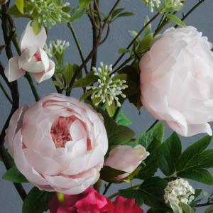 女性らしいマグノリア×芍薬の和風アレンジメント(造花)