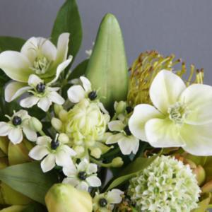 人気の爽やかグリーン×ホワイト花束(造花)