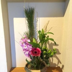 お正月のお花♪とやっぱりこれが欲しい。。