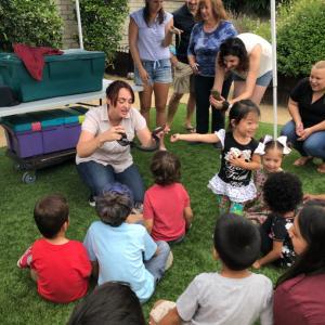 ヘビや亀などが招かれた5歳のお誕生日会へ
