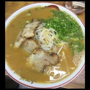 ☆とくだラーメン☆コク旨スープ!! 隼人の愛され老舗店
