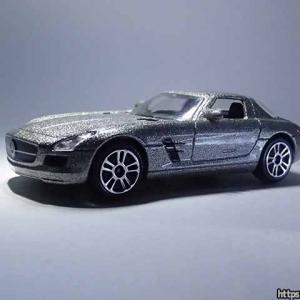 ラメ入りマジョレットミニカーはエマージェンシー コレクションのメルセデス・ベンツSLS