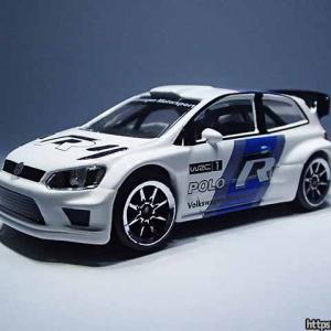 ラリーカーのマジョレット・プライムモデル・レーシングエディションのフォルクスワーゲン・ポロR WRC