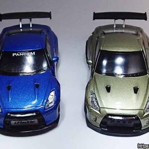 1/64パンデム日産R35GT-RのMINI GTとイグニッションモデルの違いを比較