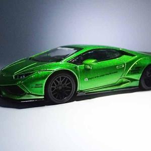 MINI GTの1/64LB★WORKS、ランボルギーニ・ウラカンのグリーンメタリック