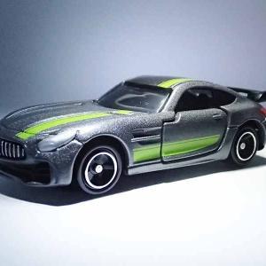 実車もトミカも限定品トイザらス・オリジナルのメルセデスAMG GT R PROデザイン仕様