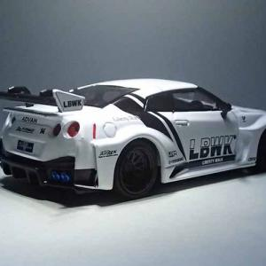 MINI GTのLB-Silhouette WORKS GT NISSAN 35GT-RR Ver.2 White LBWK RACING EDITION