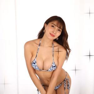 【森咲智美】Gカップ26 インスタ映え水着を紹介!水着姿を披露!